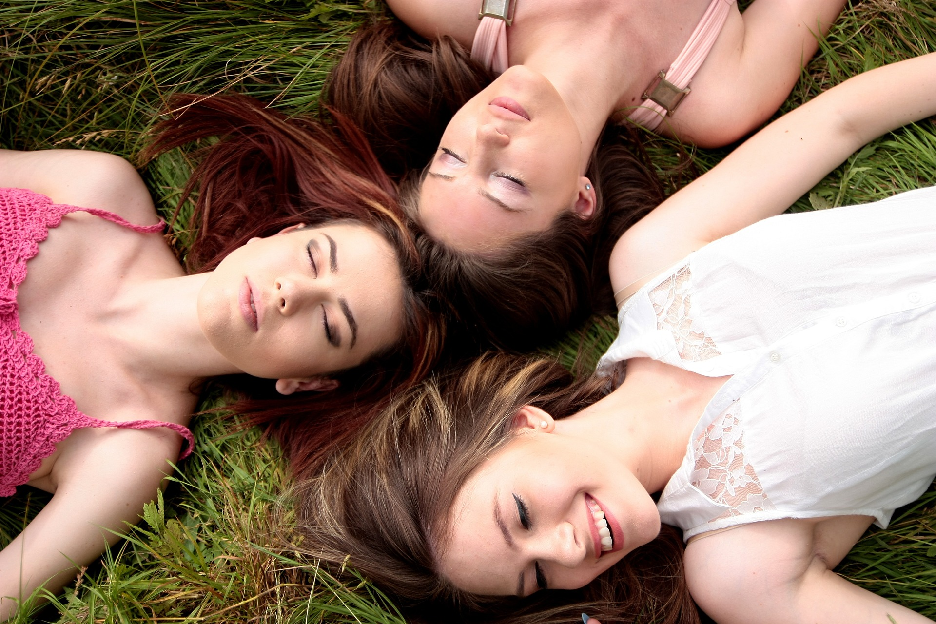 A group of ladies practicing healthy lifestyle habits: Carlin Chiropractic