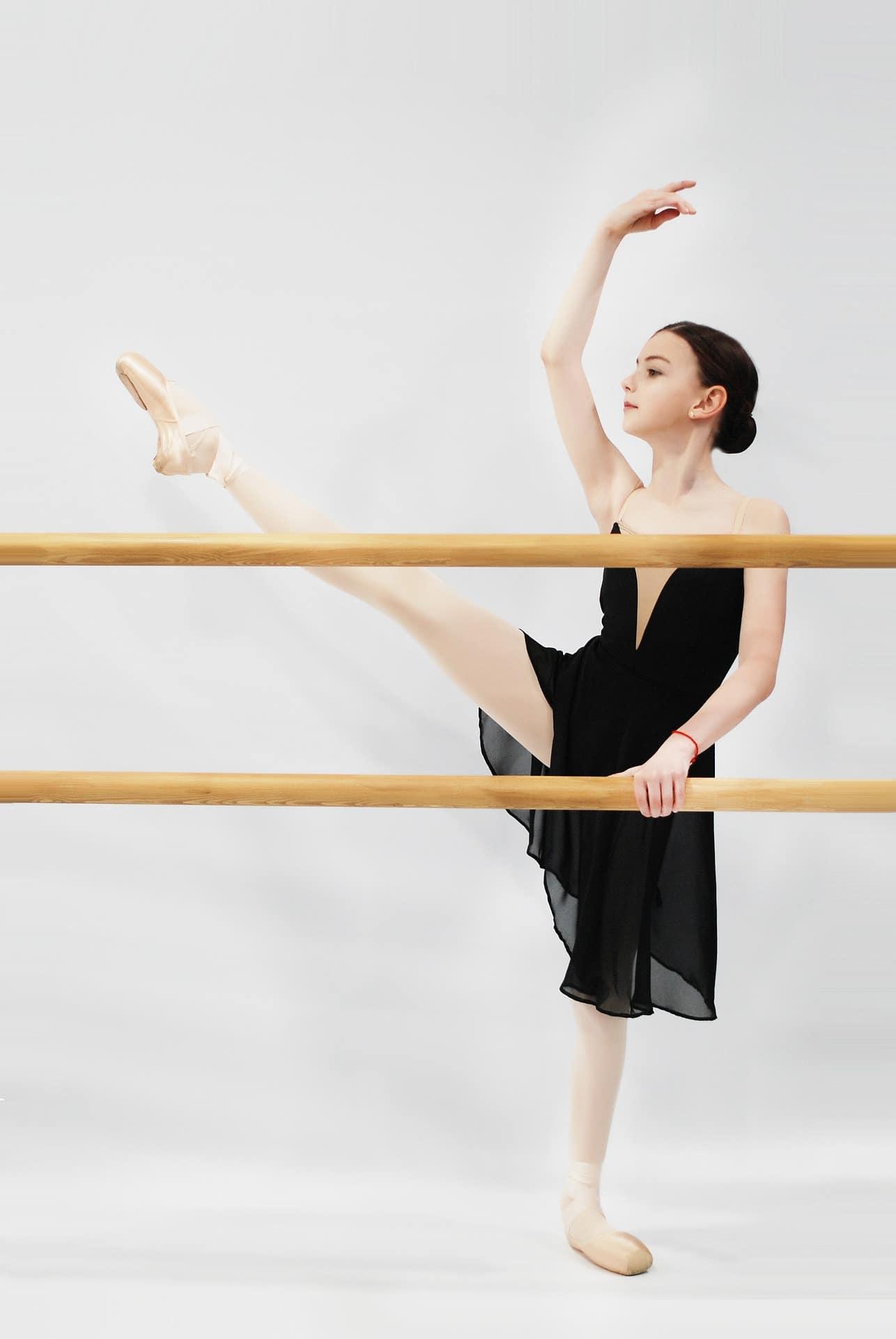 Chiropractor for Dancers: Carlin Chiropractic